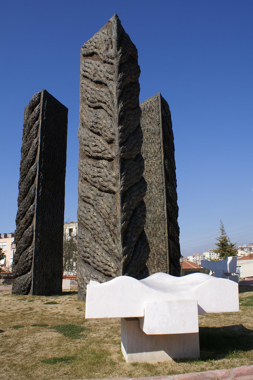 2006 Konak Belediyesi (Ahmet Piriştina Anıt)